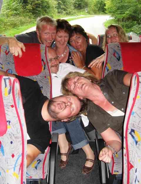 Det ble noen mil i buss p� turen, men hvem sier det m� v�re kjedelig � reise kollektivt?